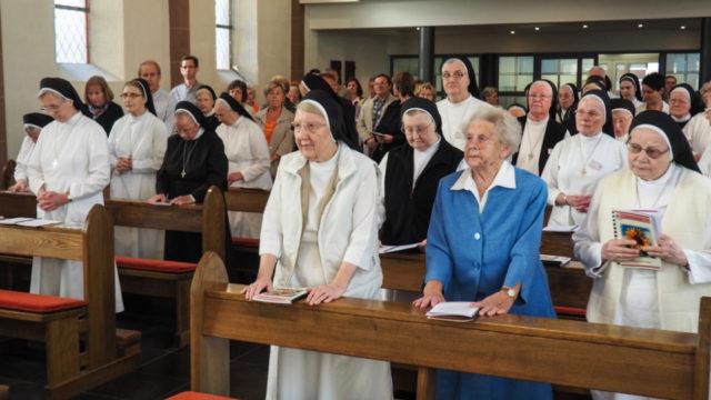 Gut besucht war schon die Eucharistiefeier zum Auftakt des ereignisreichen Tages. Foto: SMMP/Sr. Maria Thoma Dikow
