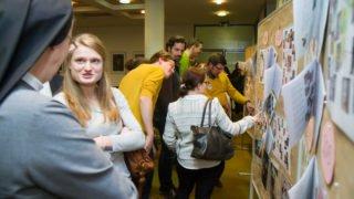 Schon unmittelbar nach dem Forum ergeben sich viele Gespräche. Fotio: SMMP/Ulrich Bock