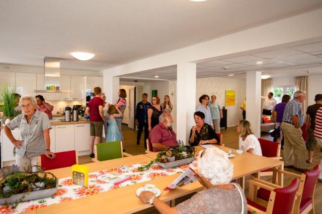 Die große Wohnküche ist der Mittelpunkt der Senioren-Wohngemeinschaft. (Foto: SMMP/Beer)