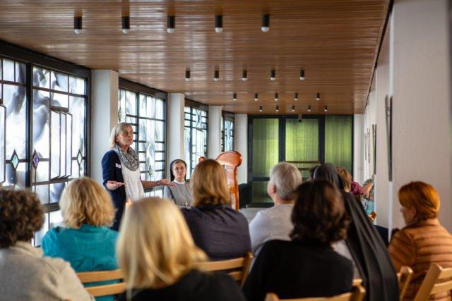 In der Dreifaltigkeitskirche wurden Geschichten aus der Bibel erzählt - von zertifizierten Bibelerzählern. (Foto: Beer/SMMP)