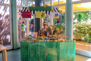 Eine Cocktailbar wurde am internationalen Tag der Freude im Reginenhaus in Hamm-Rhynern aufgebaut. Foto: SMMP