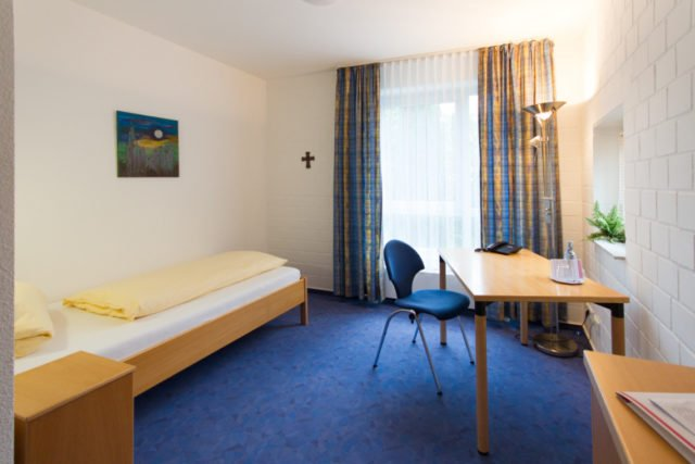 Einzelzimmer im Haus der Begegnung (Standard)